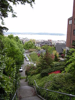 Queen Anne stairs